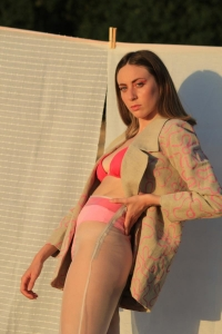 Traje Bloom collection 3